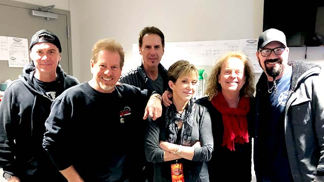 Dayna Steele with Night Ranger in 2018
